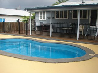 Holiday Accommodation Tin Can Bay