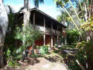 6 Squire Street RH Tin Can Bay 1592058