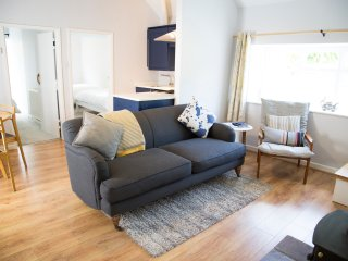 Gwyllt Cottages - Bwthyn Siwan - 1 Double & 1 Twin Bedroom Cottage
