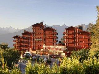 2 bedroom Apartment in Crans Montana, Valais, Switzerland : ref 2285619, Crans-Montana