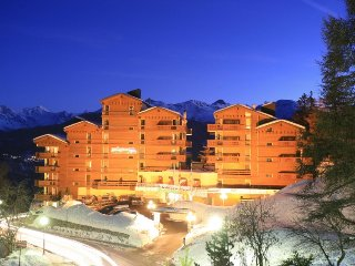 1 bedroom Apartment in Crans Montana, Valais, Switzerland : ref 2285544