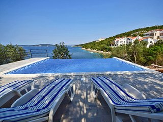 7 bedroom Villa in Solta Maslinica, Central Dalmatia Islands, Croatia : ref