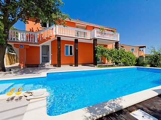 5 bedroom Apartment in Pula, Istria, Croatia : ref 2285201