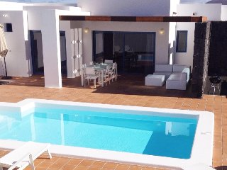 3 bedroom Villa in Playa Blanca, Lanzarote, Canary Islands : ref 2285038