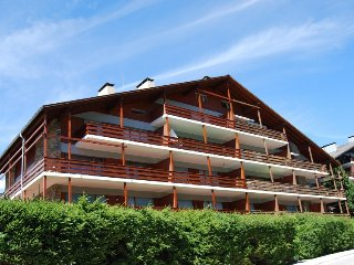 2 bedroom Apartment in Crans Montana, Valais, Switzerland : ref 2283691