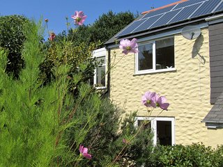 Orchard's End Perranporth Nr beach Idyllic Tranquil  Private Garden BBQ Parking.