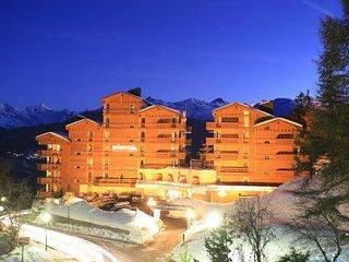 1 bedroom Apartment in Crans Montana, Valais, Switzerland : ref 2283483