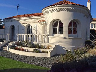 2 bedroom Villa in Saint Palais sur mer, Poitou Charentes, France : ref 2283186