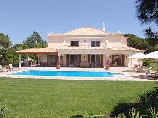 4 bedroom Villa in Quinta Do Lago, Algarve, Portugal : ref 2265912