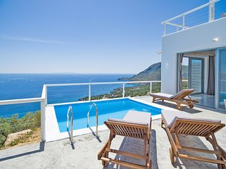 New villa with Incredible sea view, private pool,near  beach and amenities(2)