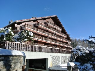 2 bedroom Apartment in Crans-Montana, Valais, Switzerland : ref 2250136