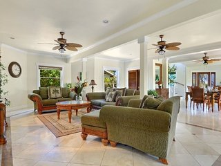 Princeville Home = Modern and Luxurious w/ Amazing Mountain View