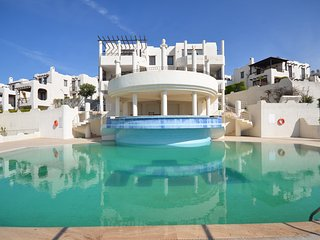 Bodrum Gumusluk Apartment With Shared Swimming Pool # 828