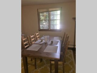 Spacious kid's friendly 2 bed apt-Easy access to downtown DC!, Arlington