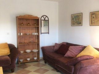 Charming suite with terrace on peaceful organic chateau property close Bordeaux, Bourg