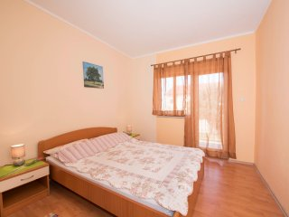 Apartments Anic - Two-Bedroom Apartment with Balcony