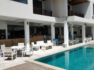 2 Bedroom  Beach Front Apartment A1 ~ Lamai