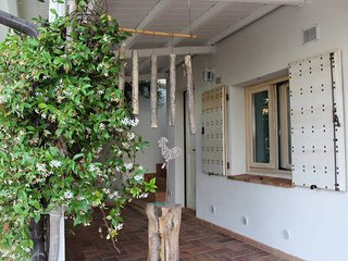 """Torgiano - Assisi, """"Radici House"""" - Villa - Mini Appartamento """"Glicine"""""""