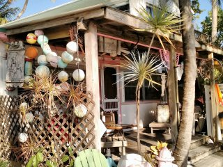 Florida Keys Sailing on Conch Key. Bayfront 2 BR cottage with 23 foot Sailboat