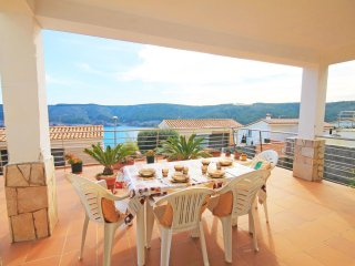 Villa with view over the sea and the Park in Cala Montgo