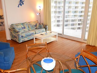 7th Floor Cozy 1 bedroom.  Sleeps 6!  Gulf View!