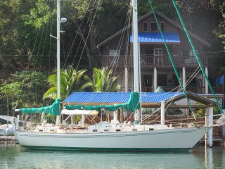 Blue Rock Vacations Upper, East End Roatan,