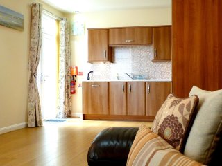 Coast Apartments Shells; very spacious 3 bedrooms -  max 6 adults, 2 children