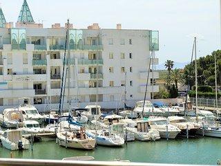 Bel appartement  avec vue sur la marina Port Gran