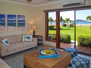 Sandy's Dream - Brand New Vacation Rental right on the Beach!