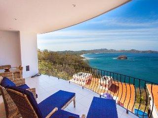 2-Bedroom Condo with Amazing Ocean Views, Playa Flamingo