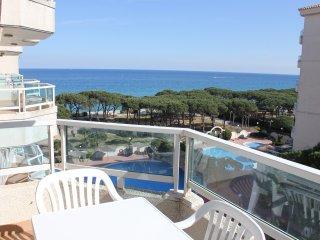 Apartamento 2 hab. con aire acondicionado, piscina y vistas al mar