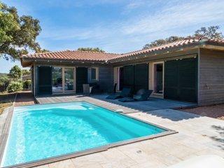 Villa 6/8 personne avec piscine ' Les arbousi