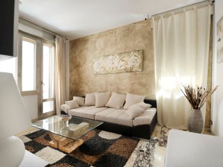 Comfortable 2bdr 100m2 in the heart of Bologna