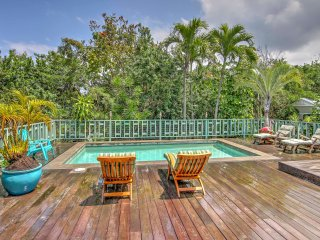 NEW! 4BR Kona House + Cottage - Pool & Hot Tub
