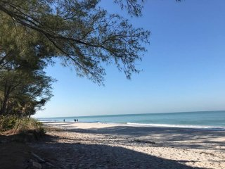 Beach Front Condo with Spectacular Sunsets!