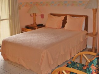 Allamanda Beach Club - Top Floor Standard Room 1 ~ RA147368