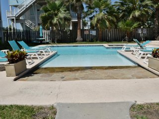 113 Sea Breeze ~ RA150876, Port Aransas