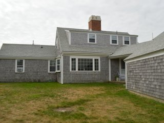 200 Yards From Nauset Beach, full AC, East Orleans