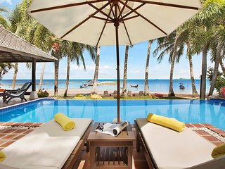 Ban Laem Sor -  3 Bed, Sleeps 6 Beachfront Retreat