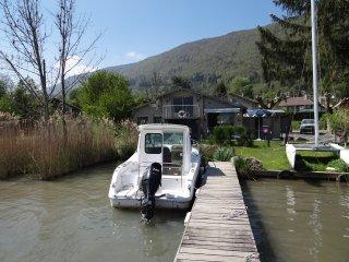 Sevrier House Boat
