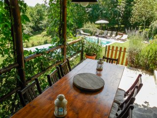 If you prefer dine, at the other covered terrace, overlooking pool and boasting wood oven!