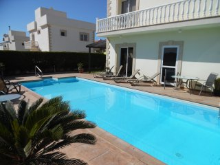3 BED LUXURY VILLA WITH LARGE PRIVATE POOL AND ROOF TERRACE ..WIFI & UK TV