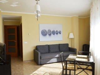 UGOL - Practico Apartamento a 350m de la Playa!