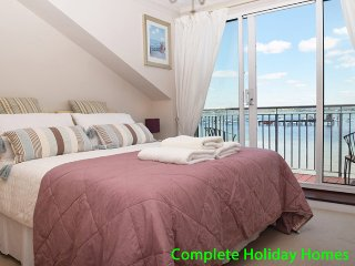 Gunpowder Cottage - a lovely 3 bedroom Waterside Townhouse, sleeping 6 +2