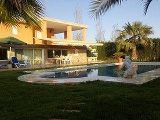 Grande casa con caballos, Villajoyosa