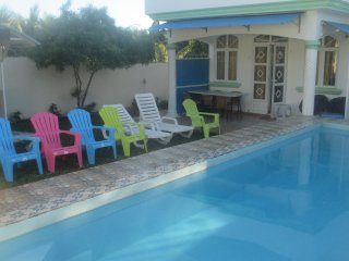 VILLA  WITH PRIVATE/ UNSHARED POOL IN GRAND BAIE, Grand Baie