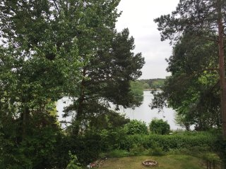 romantisches Luxusappartment direkt am See, 20 min von Berlin und Potsdam, Gross Glienicke