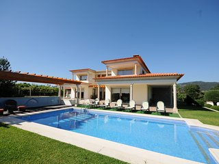 Extremely tasteful and comfortable villa set just outside Esposende coastal town, Barcelos