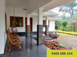 Flower Valley Homestay, Munnar