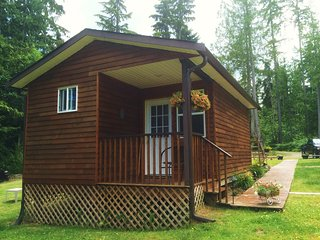 Country Cottage on a Hobby Farm, Qualicum Beach